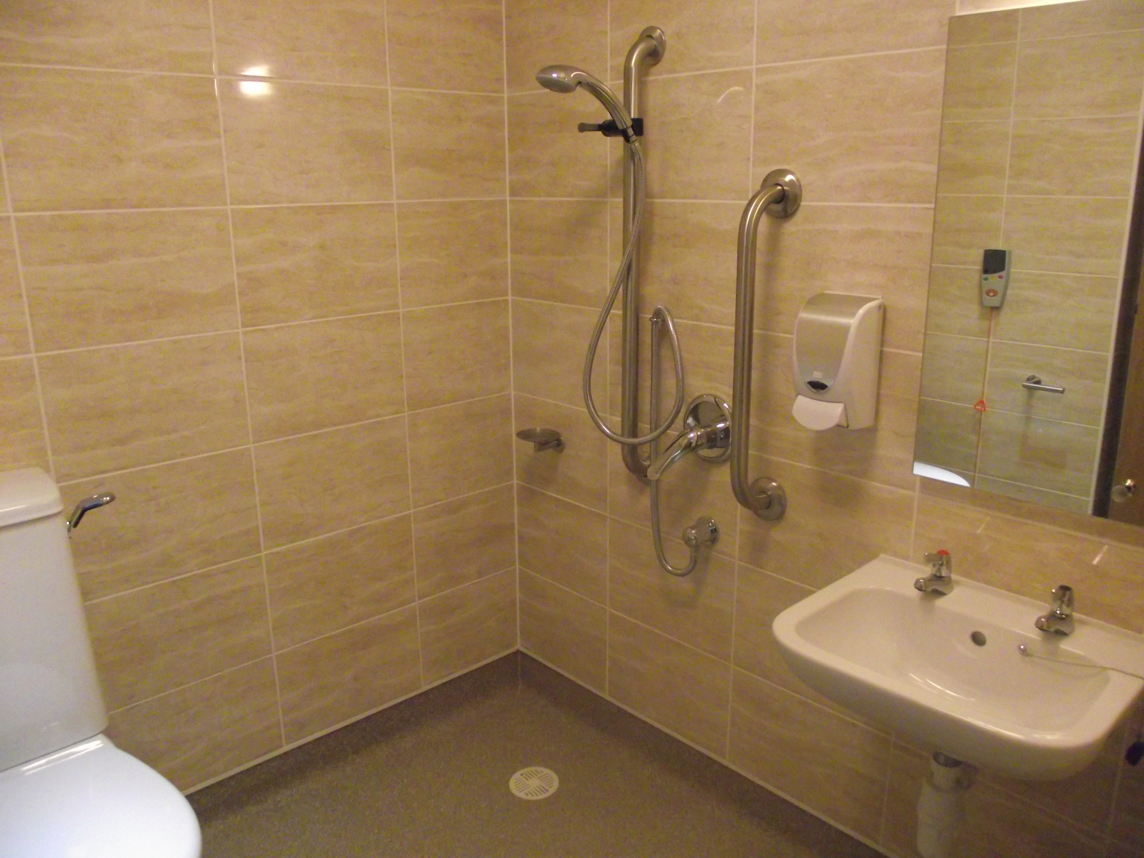 Floor gullies purus limited for Wet room vinyl flooring